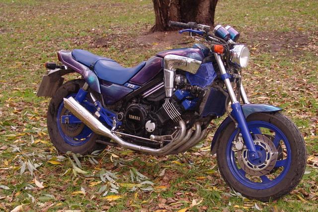 Yamaha fzx750
